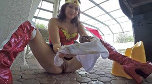 Wonder Women Messy Panty Poop – Scat, Shitting [FULL HD 1080p]