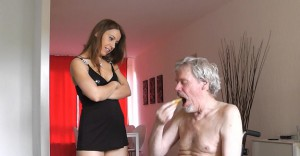 FemDom Scat – Man on a Wheel-chair eating a sandwich with by shit.