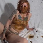 Sweet Betty Parlour Scat – Megashot of Tasty Shit