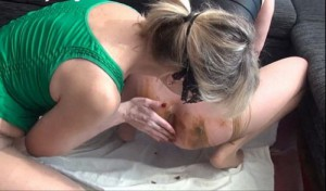 2 Shitty – Dirty Scat Girls (Scat Sex, Big Pie, Lesbinan)