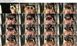 Full toilet action with Godess 2 slaves_thumb