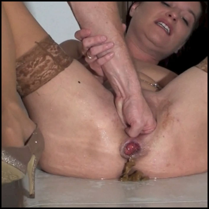 Spritzigefee – Dirty Fisting Scat and Piss Full HD 1080 (18.04.2016) Shitting, smearing, spritzigefee