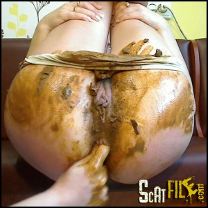 Dirty Barbara – My GF Poops in White Panty Full HD 1080 (anal, big pile, dirty anal, Dirty Barbara)