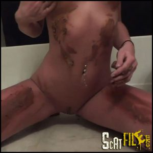 This Girl is Way Too Hot for Scat 1 Full HD 1080 (Solo Scat, Poopping, Shitting) 11/01/2017