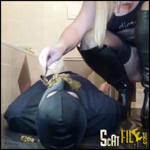 Perverse-FemDom session! Shit, Facesitting, spit and pee for slave! Part 2 (31/01/2017)