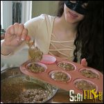 Baking Banana BUTT Muffins! – LoveRachelle2 – Poop Videos, Toilet Slavery (28/02/2017)