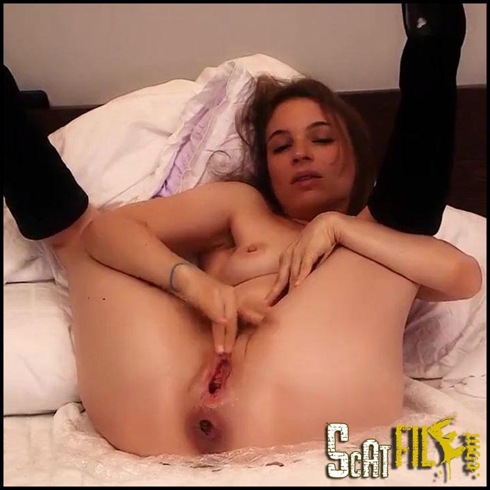 Amateur-Video Porn gaze and thereby rumferkeln - LittleMissKinkyAmarotic_(new).00063