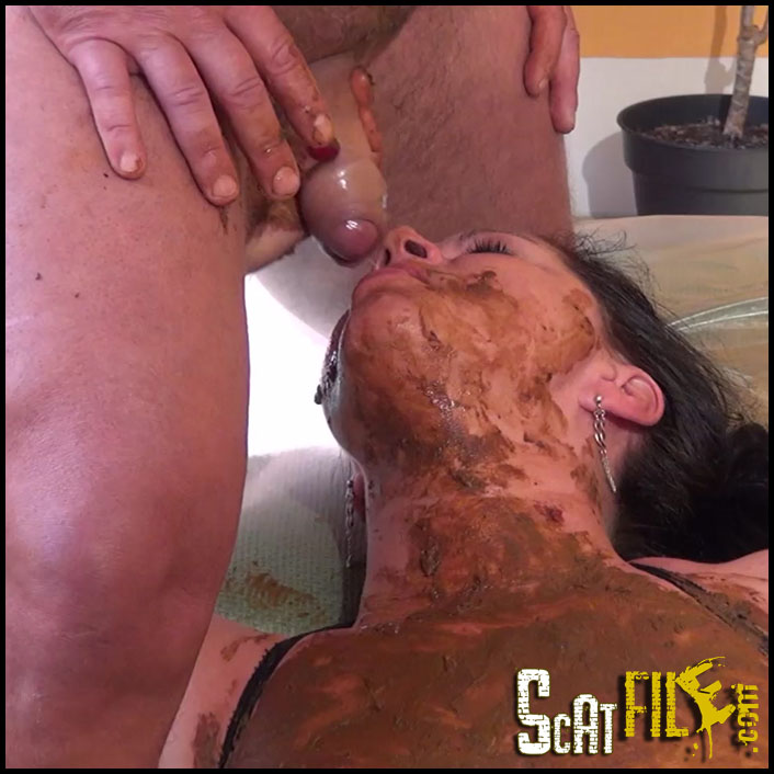 Private_scat_slave_woman_in_action-scat_shop_II_.00024
