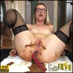 Another desperate mornig – EllaGilbert – HD 720p (Poop Videos, Smearing, Desperation) 25/11/2017