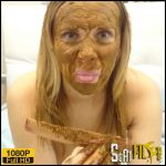 I brush my hair with shit! Crazy! – Brown wife – Full HD 1080 (Poop Videos, Scat solo, Smearing) 18/12/2017