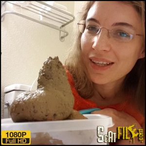 What a cute turd ! – LittleMissKinky – Full HD 1080 (Hit Poop Videos, New scat solo, big shit pile) 16/09/2018