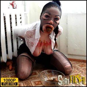 Tied slave eats his shit – ScatLina – Poop Videos, Scat solo, Toilet Slavery, Scat Girl