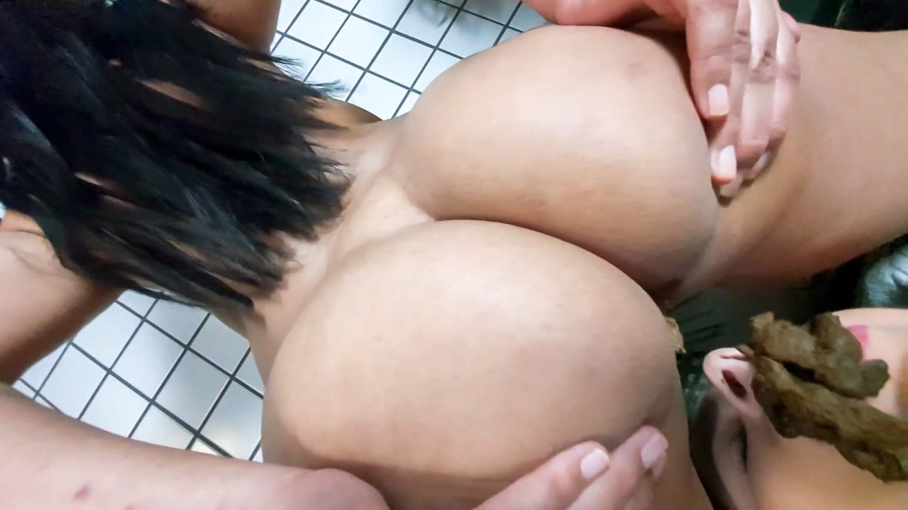SG-VIDEO_scat-top-models---eat-and-swallow-my-scat-blonde-top-model-by-top-scat-eating-babe-marilla-castilo_2020-07-18_13_20_476