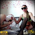 Scat on the bed – Lila – new Scat Solo, Scat and Piss Femdom, Big shit pile
