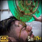 Messy In The Bathroom – Scarlet White, Daniel Santiago – NewMFX Scat MF-8434-1