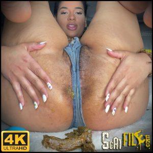 Shit my jeans, big camel toe – Cynthiagarcia1212 – New scat Solo, Big shit pile