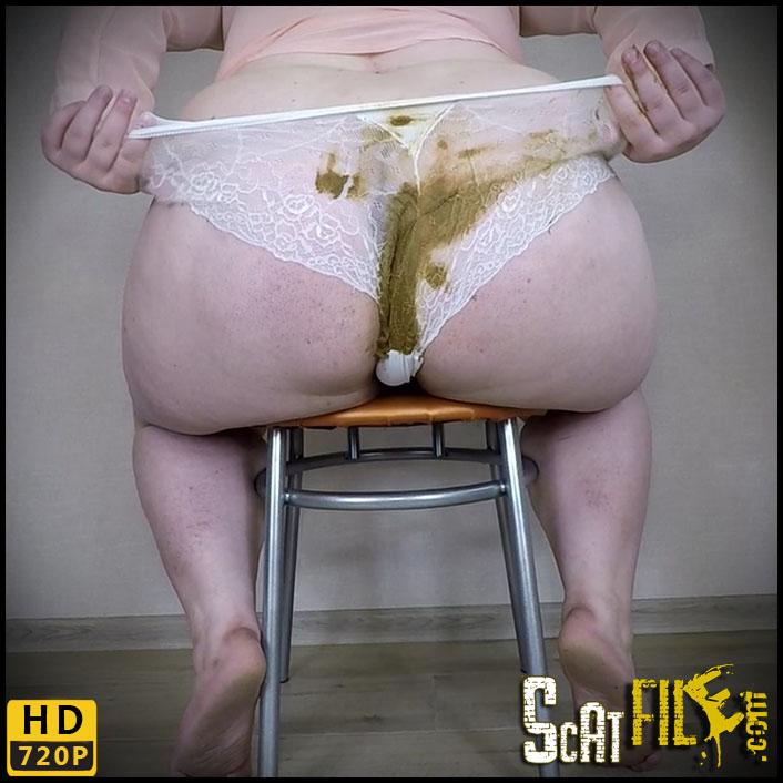 Fat_Girl_White_Panty_Poop 00056