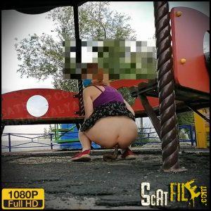 Shit in the playground – ModelNatalya94 – Desperation, Poop Videos, Scat Solo